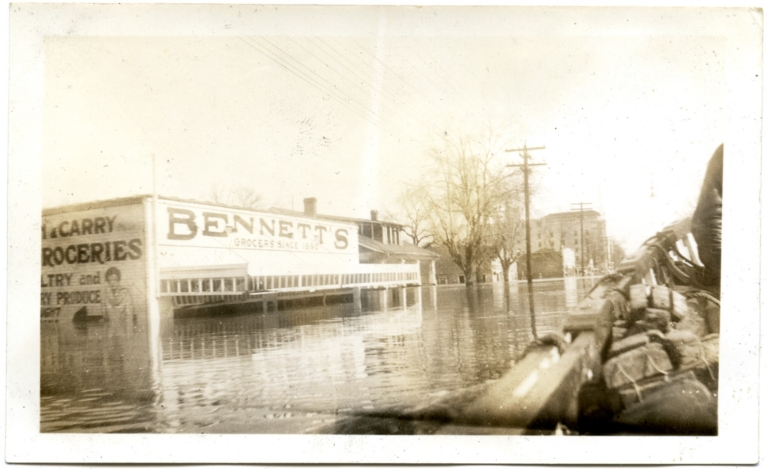 Broadway Street in midtown Paducah during '37 flood.