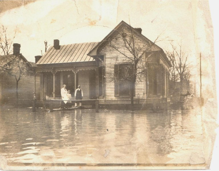 4th and Jackson 1913 Flood