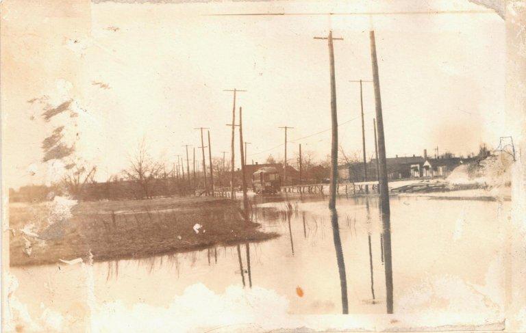 6th and Husband 1913 Flood